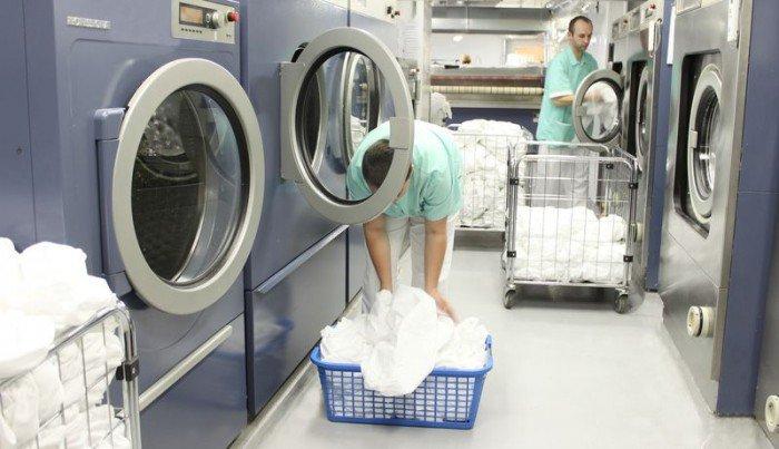 Máy giặt công nghiệp cho khách sạn loại nào tốt?