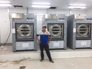 chọn máy giặt công nghiệp cứng hay mềm