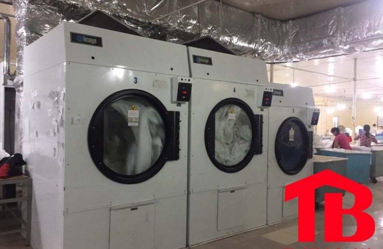 2 dòng máy sấy quần áo công nghiệp 30kg tốt nhất