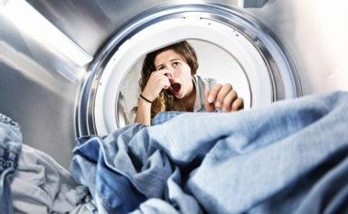 Mẹo giặt quần áo không hôi vào mùa mưa bạn đã biết chưa?