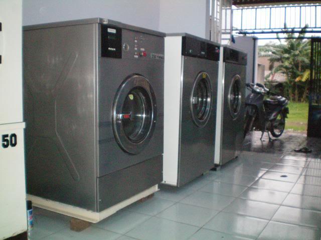 Những điều bạn phải biết trước khi mua máy giặt công nghiệp cũ?