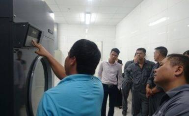 Bật mí cách dùng máy giặt công nghiệp cho khách sạn sao hiệu quả nhất