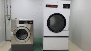 Máy giặt công nghiệp Speed Queen 25kg